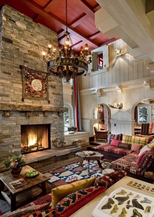 интерьер гостинной с камином в классическом стиле