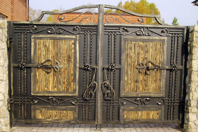 Красивые ворота из металла