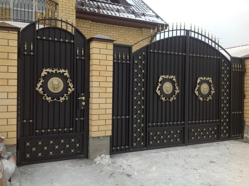 красивые железные ворота