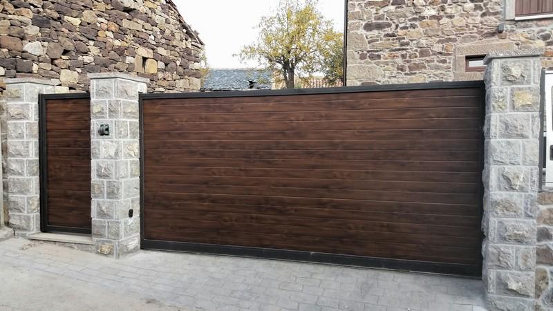 Стильные откатные ворота