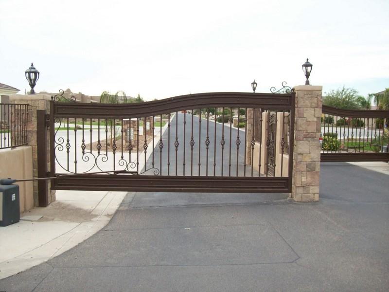 Стальные автоматические распашные ворота