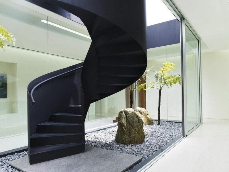 Компактная круговая лестница