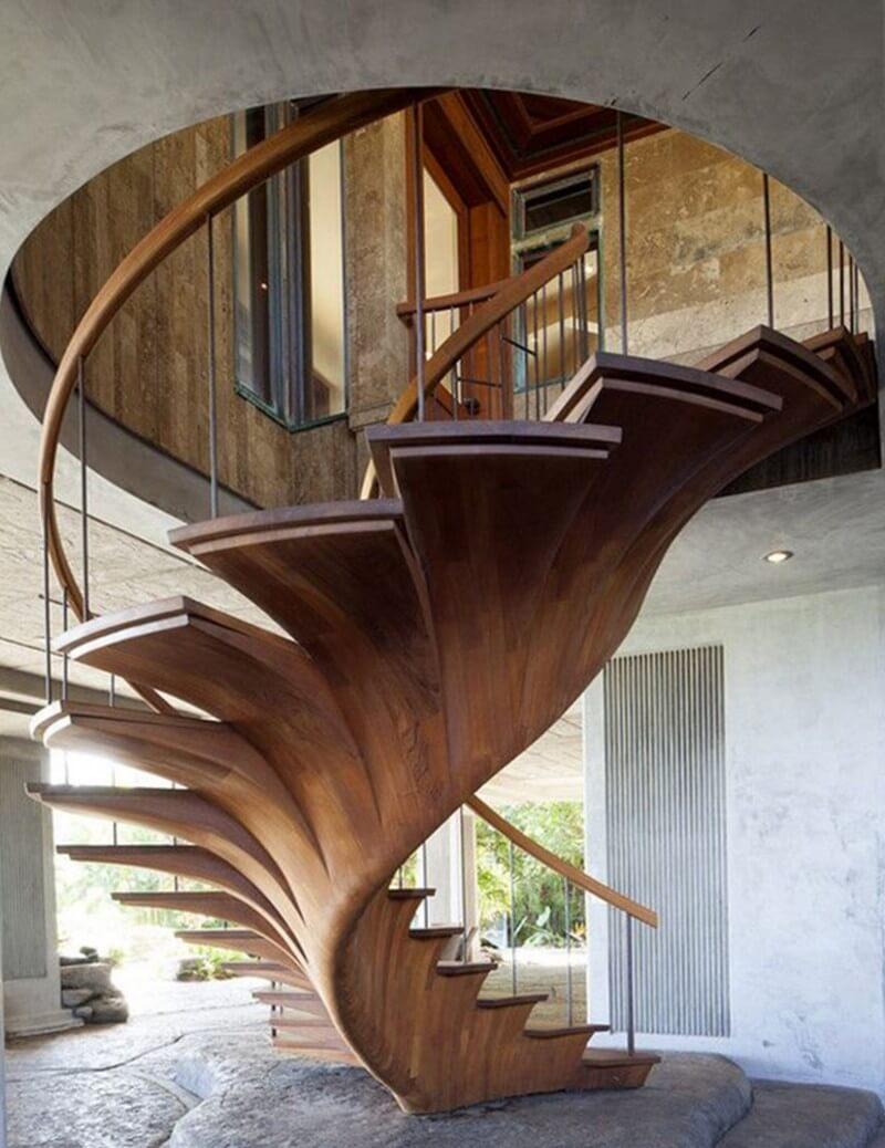 Креативная деревянная лестница