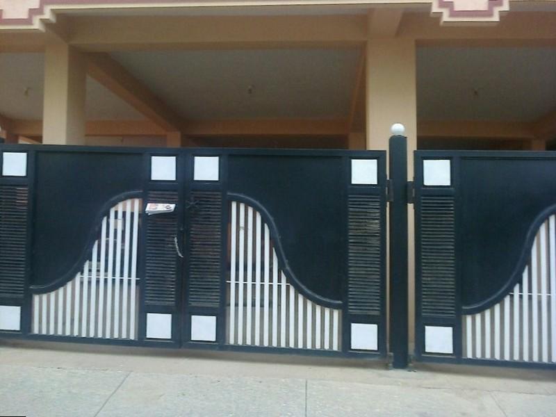 Стильные ворота с калиткой