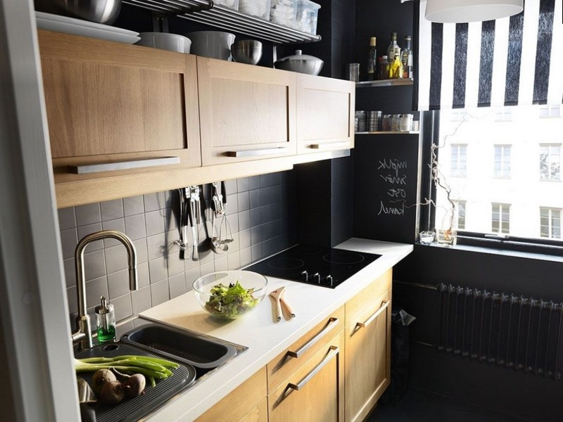 Темная кухня в стиле лофт